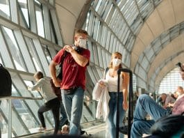 Coronavirus : peut-on se faire rembourser son billet d'avion ?